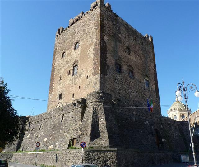 castello-adrano