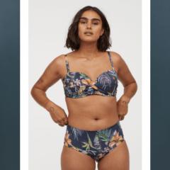 I costumi Estate 2019 H&M con le modelle con pancetta.