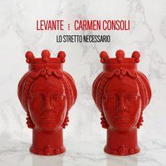 Levante con Carmen Consoli, lo stretto necessario