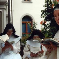"""Suore """"sotto sfratto"""" si barricano in convento"""