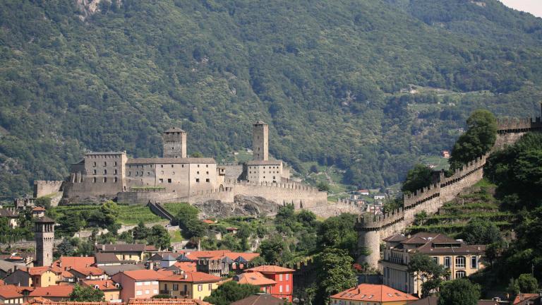 Bellinzona (Svizzera), un'insolvente seriale è finito di nuovo nei guai: ha truffato tre morose e anche la madre
