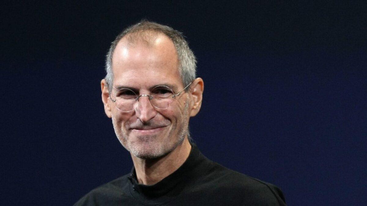 Dieci anni dalla scomparsa di Steve Jobs
