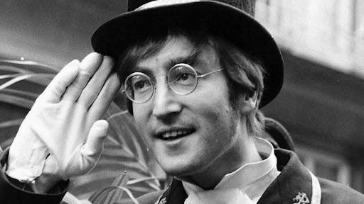 """Gli """"81 anni"""" di John Lennon"""